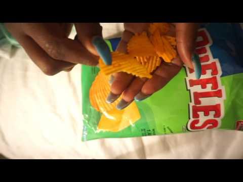👅  ASMR Chips 🌶 Mukbang Eating Sounds | Queso