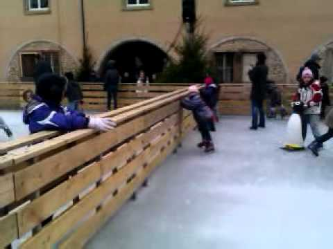 march de no l montbeliard la patinoire youtube. Black Bedroom Furniture Sets. Home Design Ideas