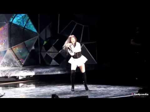 171201 Red Velvet 레드벨벳 Seulgi 슬기 & NCT 엔시티 Taeyong 태용 @ MAMA 2017