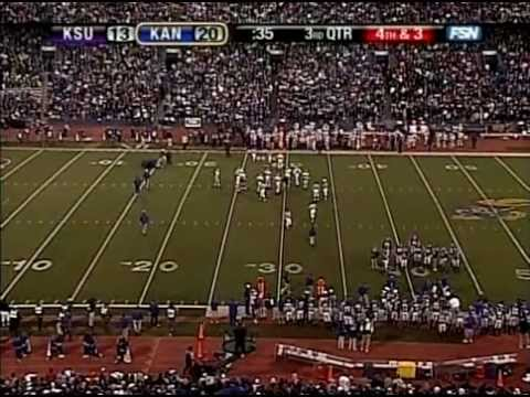 Chris Carney And Josh Moore Collide Kansas State Vs Kansas 2006