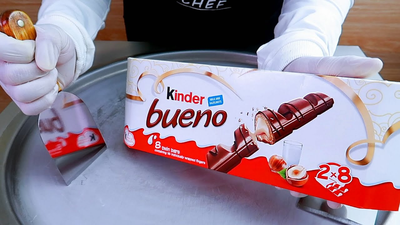 Kinder Bueno ice cream rolls street food - ايسكريم رول كيندر بوينو