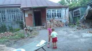 молодая семейная пара в деревне с детьми и последний день без условий но СЕМЬЯ с ЧУДЕСАМИ)