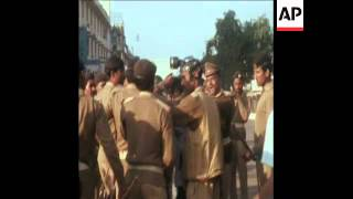 SYND 21-1-74 POLICE AND TROOPS CLASH WITH RALLY