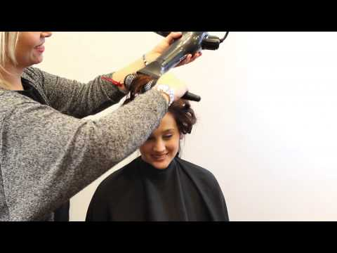 HOW TO BLOW DRY YOUR HAIR WITH A ROUND BRUSH -  BLOW-OUT STEP BY STEP TUTORIAL