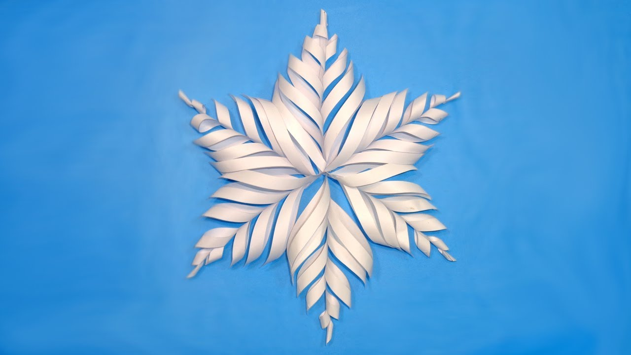 how to make paper snowflake for christmas decorations diy 3d christmas crafts tutorial