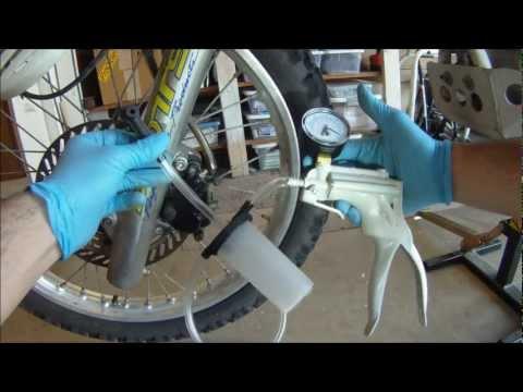 vacuum pump brake bleeding set vt61 doovi. Black Bedroom Furniture Sets. Home Design Ideas