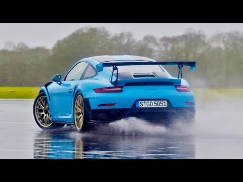 The Porsche 911 GT2 RS | Top Gear: Series 26