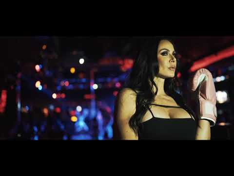 Crazy Horse III (Las Vegas) Kendra Lust