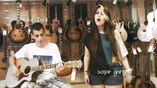 Play Video 'Avril Lavigne - My Happy Ending Acoustic Cover'