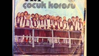 TRT Çocuk Korosu - Bir Dünya Bırakın / Horozumu Kaçırdılar (Plak)