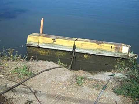 Debris removal from Shipyard 14