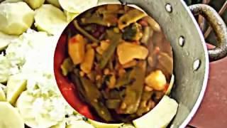 Зеленая фасоль в томатном соусе