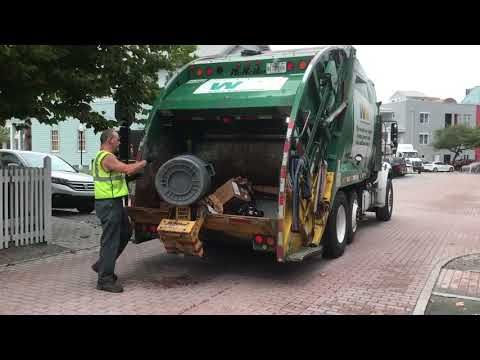 Mini Waste Management Rear Load Garbage Trucks