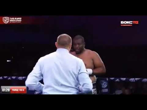 Видео боя с нокаутом 146-килограммового боксера казахстанским супертяжем