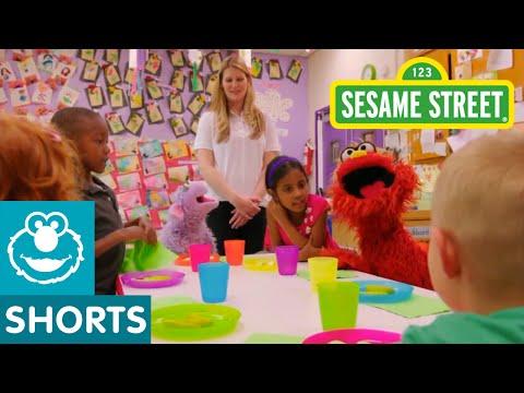 Sesame Street: Murray's First Day of Preschool