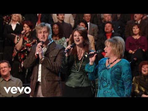 Squire Parsons, Charlotte Ritchie, Sheri Easter, Devon McGlamery - Living By Faith [Live]