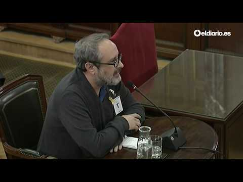 Antonio Baños se niega a responder las preguntas de Vox