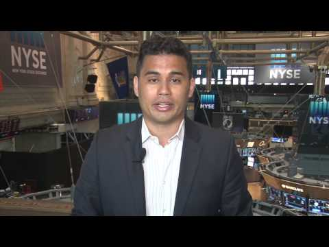 Closing Bell Happy Hour: Dow flat, housing data at 4-year high, Yahoo rises