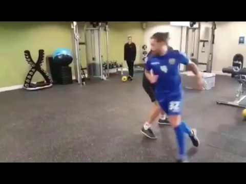 Alan Smith: Notts County striker drill