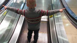 LEARNING TO USE THE ESCALATOR PART 2!!