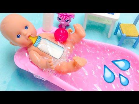 Beb y ba o de burbujas juguetes para ni as youtube - Nenuco bano de burbujas ...