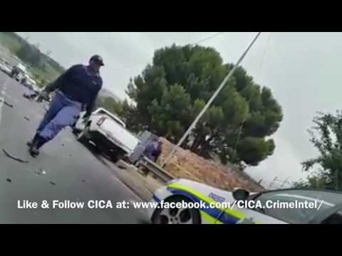 Hijackers (Carjack Criminals) shot by South African Police in Johannesburg