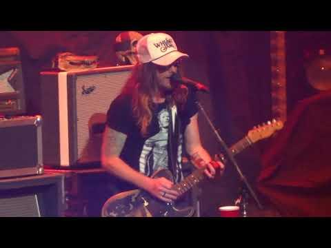 "The Cadillac Three in Kansas City ""White Lightning"" 6/09/18"