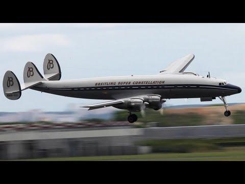 Spectacular Lockheed Super Constellation visual Approach - Paris Air Show 2013 ( HD )