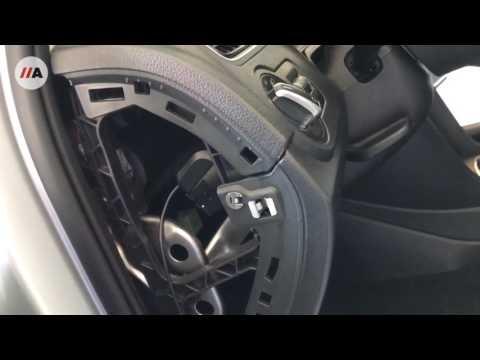Achteruitrijcamera en radio montage VW Polo 6R