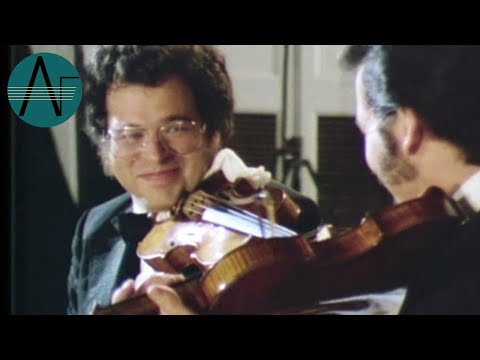 Itzhak Perlman and Pinchas Zukerman  Grand Duo 1 1978