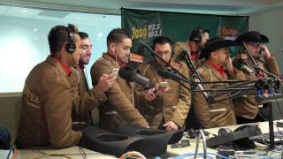 Montez de Durango cantando Karaoke con Erazno y La Chokolata