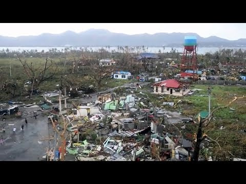 Aid and Rebuilding After Typhoon Haiyan | UNICEF