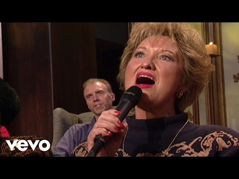 Bill & Gloria Gaither - I'd Rather Have Jesus [Live] ft. Sheri Easter, Ann Downing