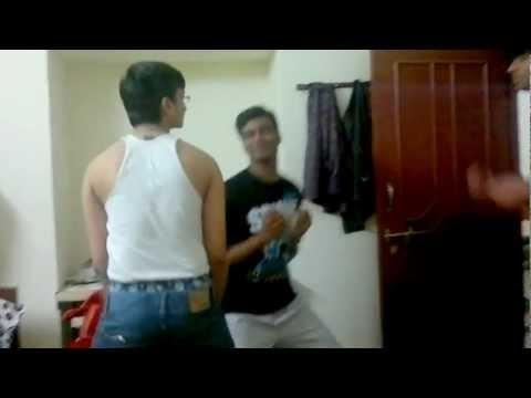 Poovai-Poovai Dookudu funny dance by hostel boys