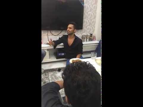 RAHUL VAIDYA RKV AMAZING SINGING