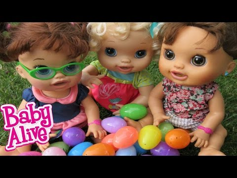 BABY ALIVE Easter Egg Hunt With Baby Alives!