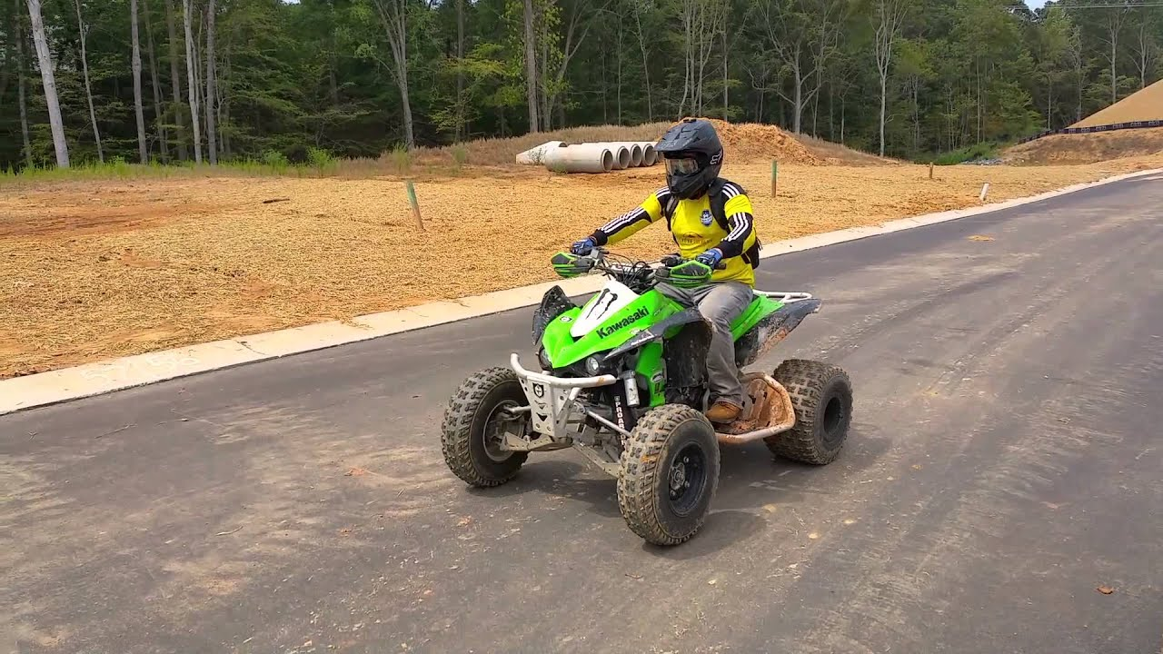 KAWASAKI KFX 450 Wheelies - YouTube