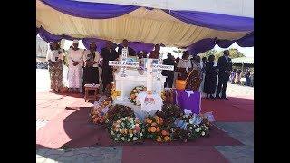 Fundi Aelezea Jeneza Watakalozikwa Watoto Mapacha (Maria na Consolatha)