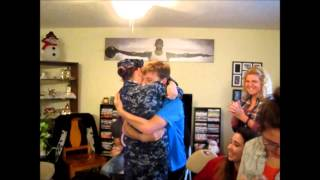 U.S Navy Sailor Homecoming - Sister surprises Brother