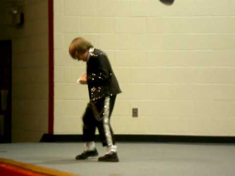 Michael Jackson Billie Jean 8 year old Nathan Morris dancing very good