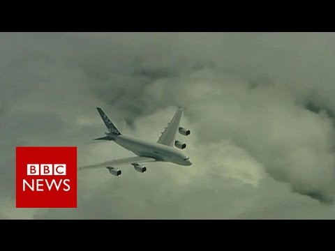 Heathrow's Third Runway Explained - BBC News