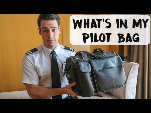 WHAT'S IN MY PILOT BAG? | Australia - VLOG #56