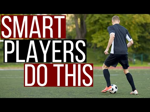 5 Habits Smart Footballers Develop - Be The Smartest Player On The Pitch