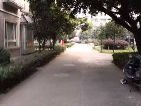 Chengdu - University apartment complex tour - Part 1 of 2