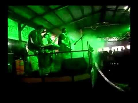 Rudies Melancong Ska - A message To You Rudy (Live) @7Cafe
