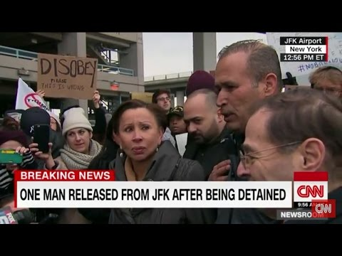 BREAKING NEWS! 1 IRAQI MAN DETAINED AT JFK AIRPORT HAS BEEN RELEASED; SPEAKS PASSIONATELY OF USA