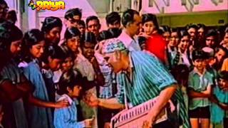 Song - teri galiyon mein hum aaye....by Manna Dey