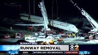 Investigators Looking For Cause Of Delta Accident At LaGuardia Airport