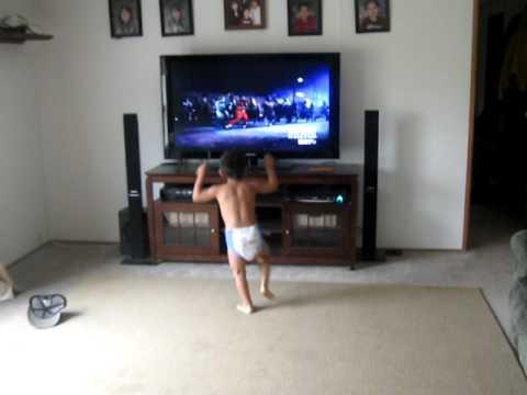 Julian dancing the thriller