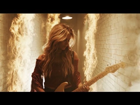 Ken Andrews - Lindsay Ell is on FIRE!!!